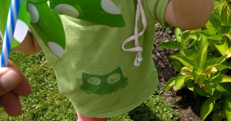 Story from a mum: Ela's first owl t-shirt